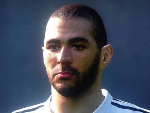 Четыре скриншота Pro Evolution Soccer 2015